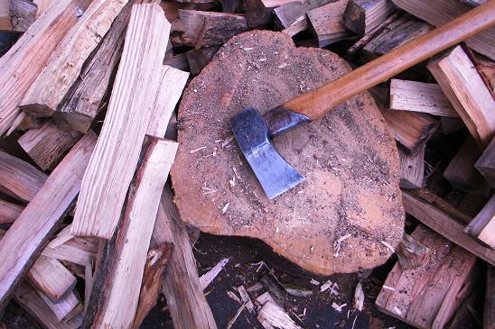 桜の薪割り台