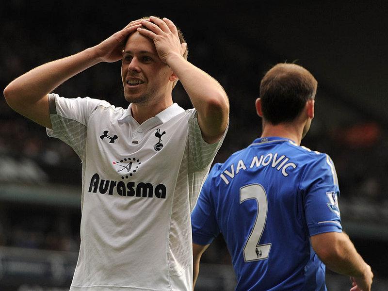 Gylfi-Sigurdsson-Tottenham-Hotspur-Chelsea-Pr_2847807.jpg