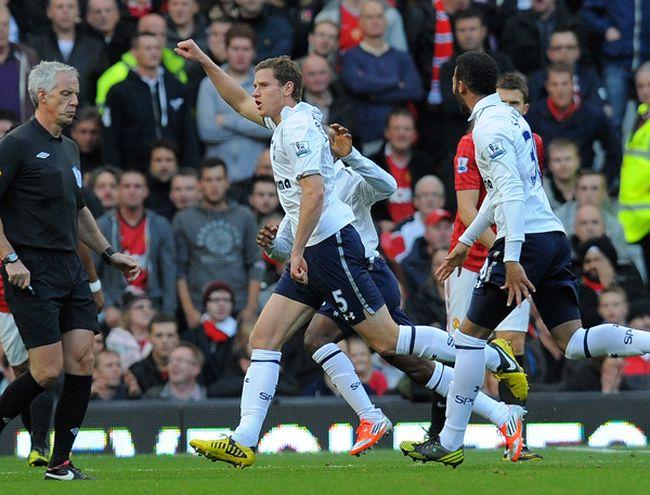 Tottenham-Manchester-United-Andrew-YatesAFP_LANIMA20120929_0033_26.jpg