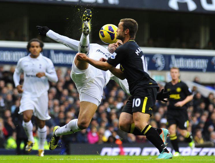 Tottenham-Wigan-Sandro_lightbox_diapos.jpg