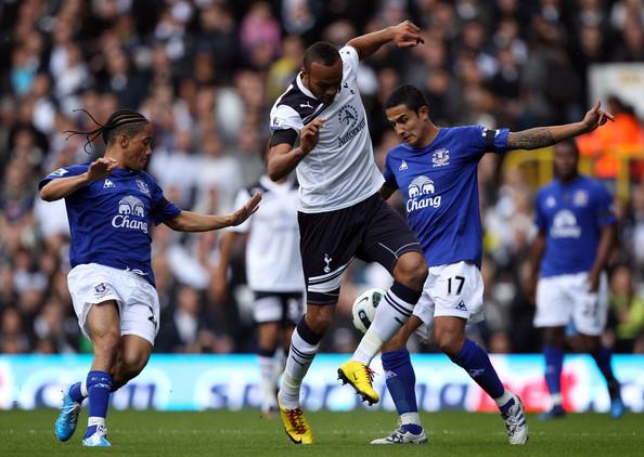 Younes+Kaboul+Tottenham+Hotspur+v+Everton+nRRQE3H0nPRl.jpg