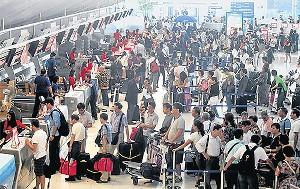 タイ スワンナプーム空港 混雑画像