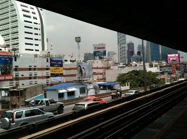 BTS アジアティックリバー画像 サパーンタクシン駅