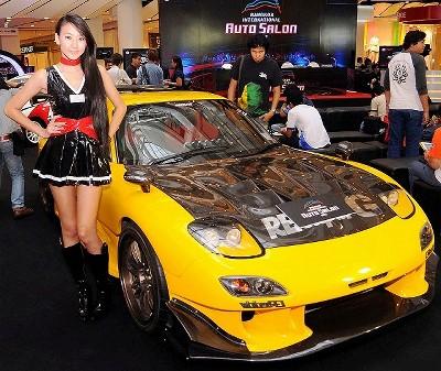バンコク 改造車 オートサロン画像