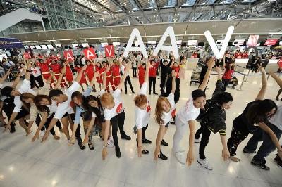 エアアジア画像 スワンナプーム空港 パフォーマンス