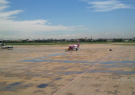 バンコク ドンムアン空港 ノックエア機写真
