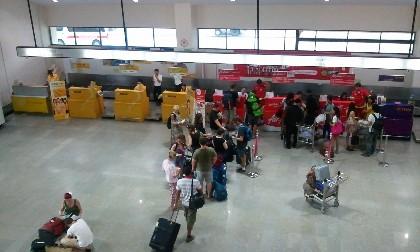 ウドンタニー空港 NOK AIRチェックインカウンター写真