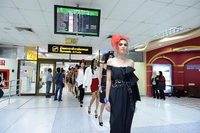 タイ エリートモデル・ルック・タイランド2012写真