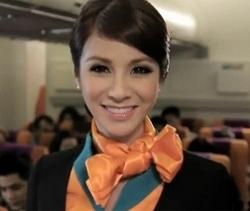 タイの格安航空PCエアの美人CA