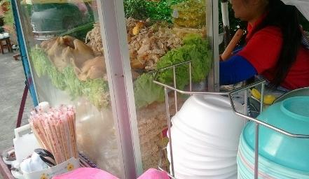 バンコク スクンビットsoi8のバーミー屋写真