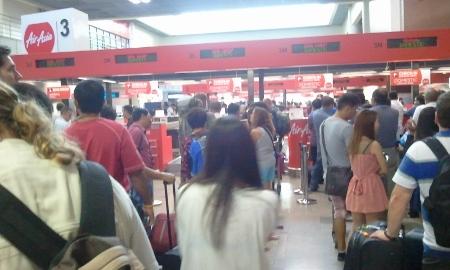 バンコク ドンムアン空港 エアアジア国内線出発カウンター画像