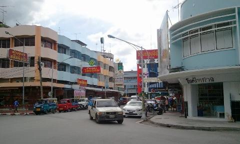 タイ ハジャイ駅前写真