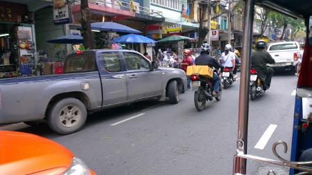 タイ バンコク ワットアルンtuktuk写真