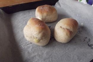 今日マミィが焼いたパン
