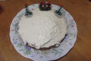 マミィ作のレアチーズケーキ(台はチョコレートケーキ)