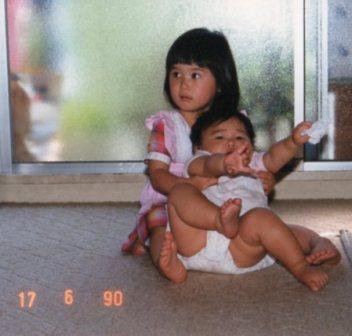 ゆりたん3歳の誕生日の翌日、1歳間近のあーちゃん
