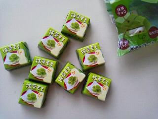 チロル 抹茶もち(2)