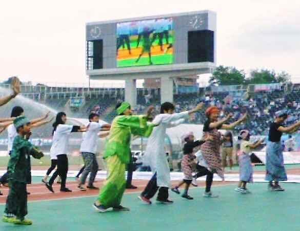 2012-dance.jpg