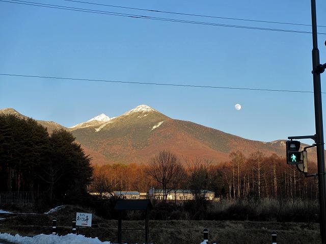 20121226ゴルフの帰りに月が (4)