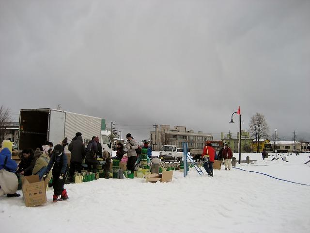 20130126諏訪湖アイスキャンドル仕込風景 (16)