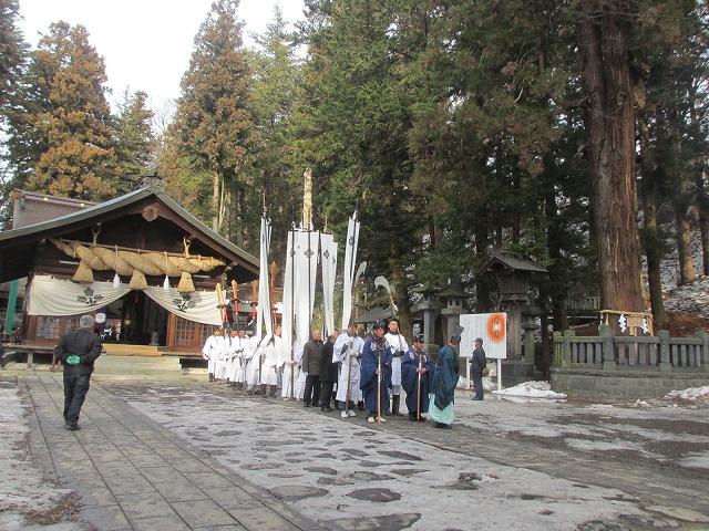 20130201再び秋宮へ出発 (3)