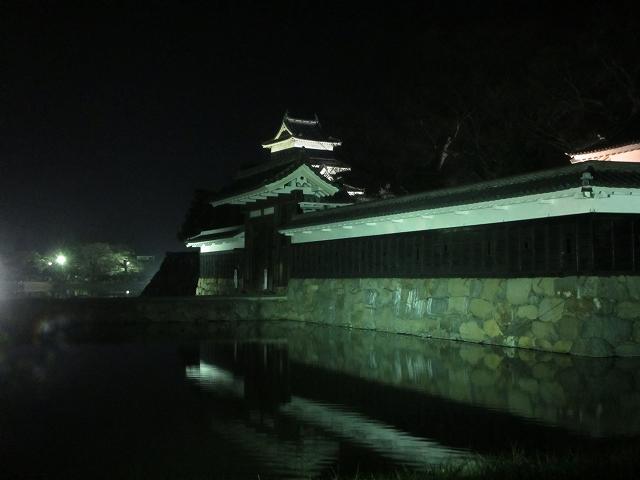 20130405松本城の夜桜前日 (7)