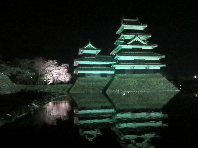 20130405松本城の夜桜前日 (16)