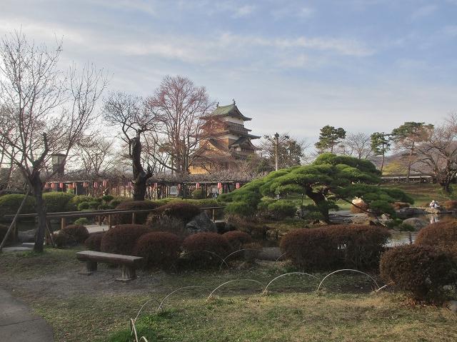 20130404高島城の桜も開花 (8)