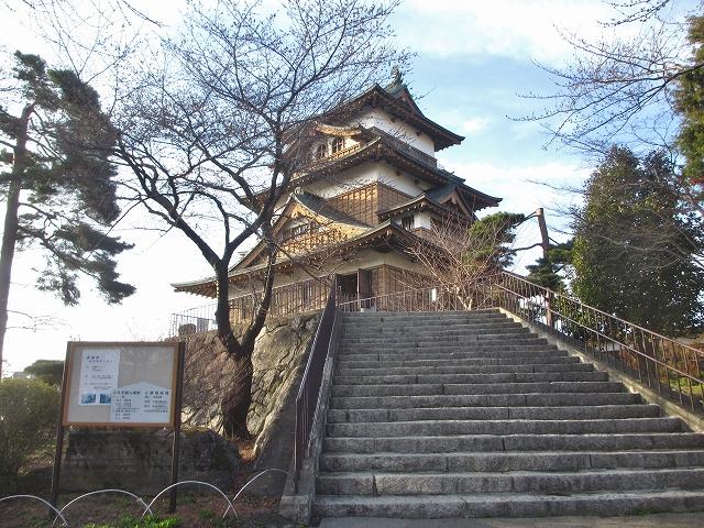 20130404高島城の桜も開花 (9)