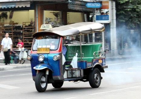 tuktuk3.jpg