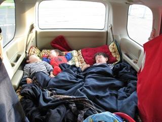 上高地 小梨平キャンプ場に2泊の予定、その後はのらりくらり、箱根辺りを通りながら返ってくるルートをイメージしながらお気楽極楽なGO!GO!セレナ車中泊 の旅です