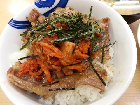 キムカル丼 (1)