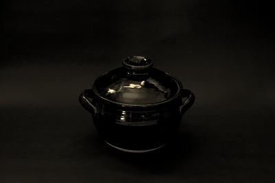 黒土鍋黒バック (2)