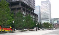 東京駅前・01