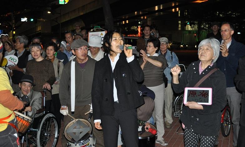 関電前1 20121026