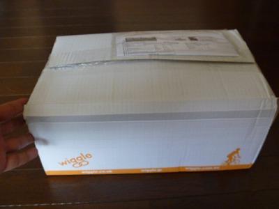 Wiggleから商品荷物が届きました!