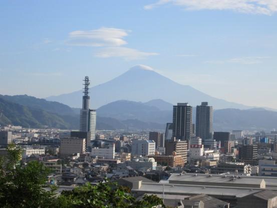 24.9.15八幡山から富士山 018_ks