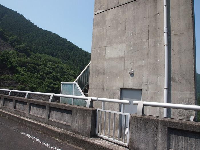 18桐生川天端エレベーター室