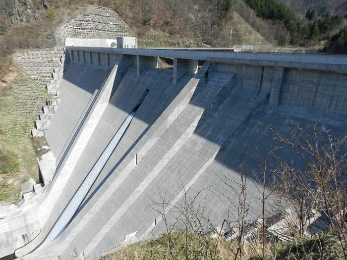 丹生川ダム02