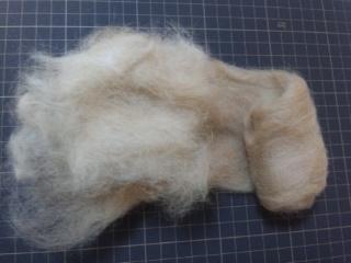もも毛と羊毛
