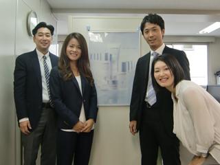 大阪支店のスタッフです。