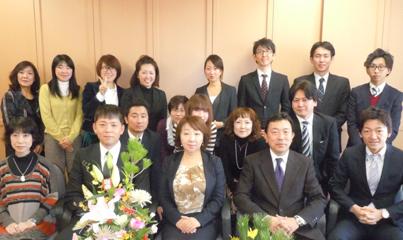新人も加わった東京本社のメンバー。