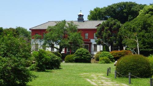 小石川植物園内の旧東京医学校本館