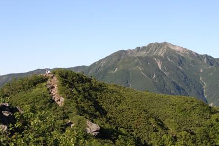 稜線と仙丈カール