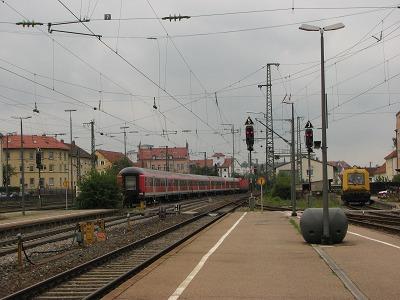 【参考】スパン線ビーム(Ansbach駅@ドイツ)