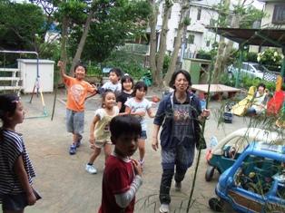 学童笹取り