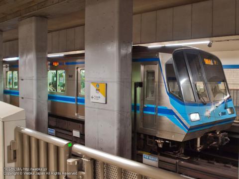 ブルーラインの電車