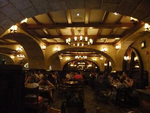Le Cellier Steakhouse-4