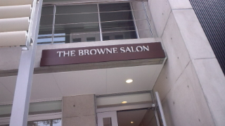 the BROWNE SALON 看板