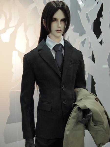 IOS スーツのにいさん